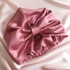 Satin Hair Wrap, Silk Hair, Silk Bonnet, Hair Bonnet, Estilo Cool, Diy Hair Accessories, Mulberry Silk, Scrunchies, Hair Bows