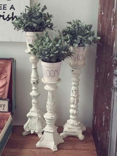 Vintage Wooden Indoor Flower Plant Pot Stand with Feet Display Holder Decoration