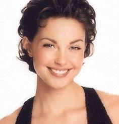 Make up look -- Ashley Judd