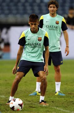 Neymar of Barcelona FC in action during Barcelona FC training session at Bukit Jalil National Stadium on August 2013 in Kuala Lumpur, Mal. Sergi Roberto, Neymar Pic, Uefa Champions League Groups, Good Soccer Players, National Stadium, August 9, Soccer Boys, World Cup 2014, Old Trafford