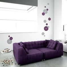 Purple sofa andWall Decal Circles Purple & Grey