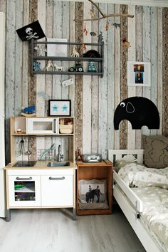 Bright kids room can be trusted to give inspiration and encouragement for kids, choose bright colors or create a window that allows more light into the space Home Decoracion, Kids Decor, Boy Decor, Kid Spaces, Kids Bedroom, Kids Rooms, Boy Room, Kids Playing, Room Inspiration