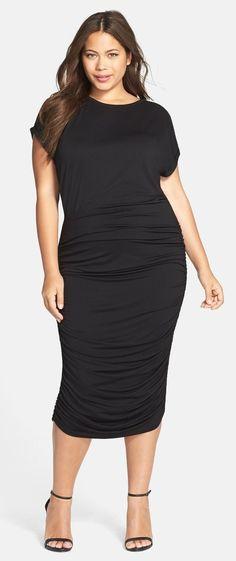Plus Size Side Ruched Midi Dress