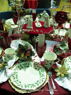 Lenox Christmas Pull out those dishes your grandma gave you and pair them with your favorite Christmas figurines. Voila, c'est belle.