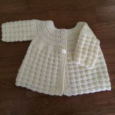 Crochet Baby Girl Loved crocheting this textured coat by just crochet Crochet Baby Sweater Pattern, Crochet Baby Blanket Beginner, Crochet Baby Sweaters, Baby Sweater Patterns, Crochet Baby Cardigan, Baby Girl Crochet, Crochet Baby Clothes, Crochet Jacket, Baby Knitting Patterns