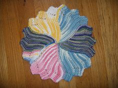 round knit cloth... free pattern ... worsted wgt... 120 yards