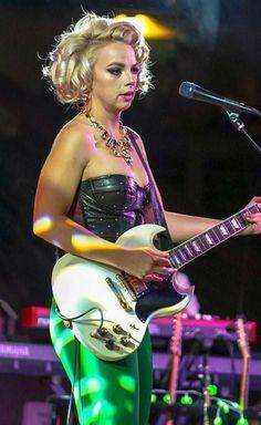 Guitar Girl, Cool Guitar, Fish Face, Hot Band, Female Guitarist, Blues Artists, Angel Fish, Fantasy Women, Girls
