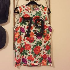 Floral Jersey top Jersey like material blouse. Cute with some skinny jeans or boyfriend jeans Forever 21 Tops Tees - Short Sleeve
