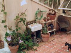 Philadelphia Flower Show Miniature Garden Settings - Barbara Hepworth's studio - in miniature. Lovely!  #miniatures #miniaturegarden #phs