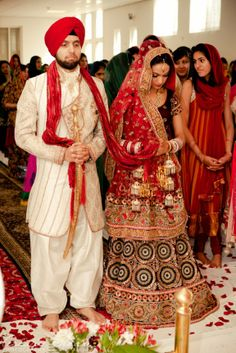 Stunning Kalira and bridal #lengha - Sikh Punjabi Wedding in The Netherlands