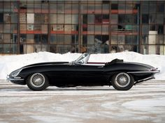 A Winter Cat...Jaguar Unleashed! Jaguar E Type 1961, Alfa Cars, British Sports Cars, Cars Uk, Best Classic Cars, Winter Cat, My Ride, Sport Cars, Motor Car