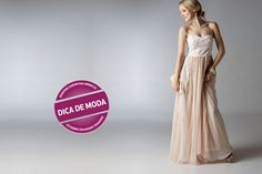 Para o clima de Curitiba, a peça ideal é um belo vestido longo. Vale visitar a Apple Spicy, a Eclipse, a Vitoria.com, a Maison Rêve e a Shirley Modas.