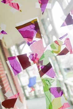 Easter cross suncatcher for toddlers to make