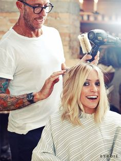 To give Cavallari's new long bob that lived-in look, McMillan sprayed Sachjuan's Ocean Mist ($28) into his hands and worked it through the hair, starting at the base of the neck and pulling forward. The key is to push it all forward, but pull the underneath layer straight down.