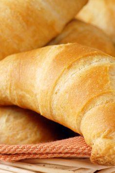 Homemade Golden Crescent Rolls Recipe