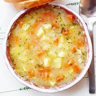 Zupy polskie | Kwestia Smaku Polish Recipes, Polish Food, Some Recipe, Easy Dinner Recipes, Cheeseburger Chowder, I Foods, Vegetarian Recipes, Food And Drink, Kitchens