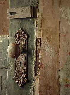 how fabulous is this vintage new york public school door knob as