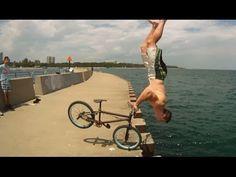 Il fait des tricks incroyables sur son BMX ! Video buzz !  Tim Knoll #video #buzz #BMX #Tricks #Awesome