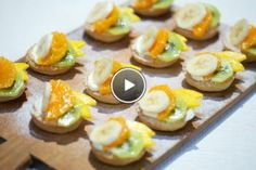 Fruitschuitjes [Tiny sweet fruit pies, recipe in Dutch] Rudolfs Bakery, Cupcake Cookies, Cupcakes, Fruit Pie, Brownie Recipes, Cannoli, Amazing Cakes, Sweet Recipes, Almond