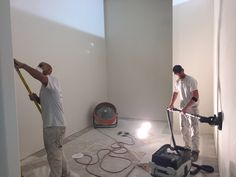 Level 5 wall finish means ultra smooth walls. Using the Festool wall sander with 220 grit makes this a snap