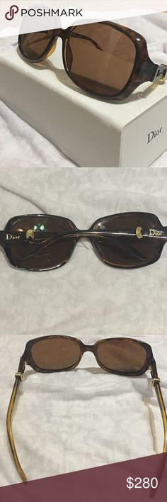 ef4ab3756936 Spotted while shopping on Poshmark  Christin Dior Mystery 2 frames.