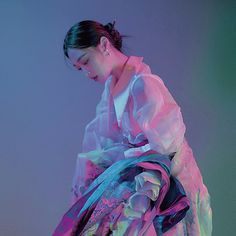 Sulli, Underwater Photography, Portrait Photography, Neon Aesthetic, Foto Art, Poses, Pretty People, Art Inspo, Art Reference