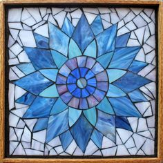 Student Work from a Kasia Mosaics Stained Glass Mosaic Flower Workshop - Sunflower by Terry. Sign up for a class near you on the 2015 Kasia Mosaics US Tour via www.kasiamosaics.com