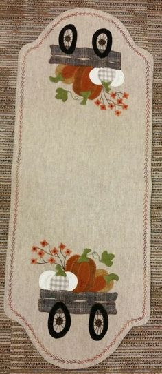Wool Applique Patterns, Applique Designs, Primitive Quilts, Wool Embroidery, Fall Pillows, Wool Art, Penny Rugs, Felt Projects, Wool Runners