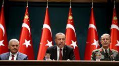 Kritische Journalisten im Visier: Türkei schließt 45 Zeitungen und 16 TV-Sender