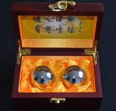 You can rotate the upscale Baoding balls continuously in your palm to give proper exercise to your fingers as well as your arm. Chrome Colour, Health Fitness, Health Exercise, Box Packaging, Wooden Boxes, Decorative Boxes, Stress, Chinese, Traditional