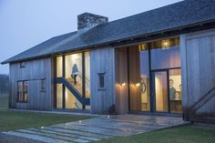 Impeccable design and architecture at this modern farmhouse exterior on Hello Lovely Studio