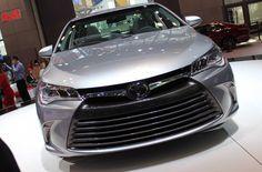 2015 Toyota Camry Hybrid -