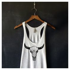 Bison Skull Tank Top for Women in Heather White Bison Cow Skull Shirts... ($20) ❤ liked on Polyvore featuring tops, grey, tanks, women's clothing, skull shirts, white skull shirt, skull tanks, skull tank tops and gray tank