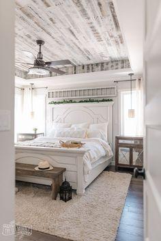 Modern Farmhouse Bedroom, Farmhouse Lamps, Rustic Farmhouse, Farmhouse Ideas, Master Bedroom Makeover, Dream Master Bedroom, Master Bedrooms, Suites, Home Bedroom