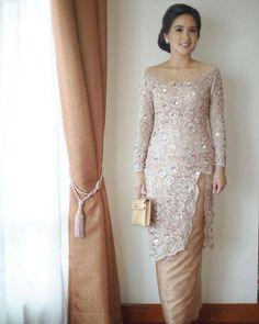 Image may contain: 1 person, standing Kebaya Lace, Batik Kebaya, Kebaya Dress, Dress Pesta, Batik Dress, Vera Kebaya, Hijab Dress, Model Kebaya Brokat Modern, Kebaya Modern Hijab