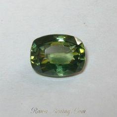 Zircon Hijau Cushion 2.48 carat
