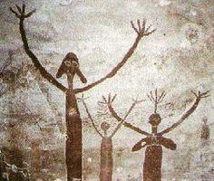ancient australian aboriginal art http://www.crystalinks.com/auspetroglyphs.html