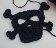 Crochet Skull   https://www.facebook.com/hilaria.fina