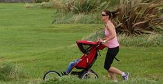 Fit Mommy jogging
