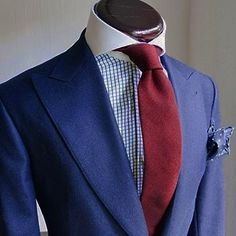 suitupplease! (stylebritish2012:   Elegance by...)