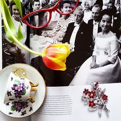 And how do you spend your Sunday morning? We are catching the inspiration from My Fair Lady Ball, 1965. Ruby and diamond bouquet by Bulgari worn by Merle Oberton #vintage #jewellery #bulgari #historyofjewellery #merleoberon #dukeofwindsor #heartsjewellery #passionforjewellery