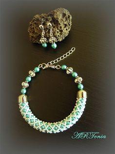 Perličkový set náramku a náušníc - Czech glass pearls jewelry set