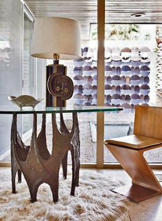 Roger-Capron-mid-century-lamp-and-brutalist-table