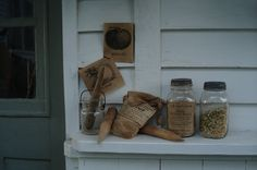 love the seed packets seeds etc Primitive Furniture, Primitive Crafts, Primitive Country, Potting Sheds, Dried Flowers, Farmhouse Style, Seeds, Jars, Garden Sheds