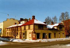 Pitkäkatu 54 ennen kunnostusta. Kuva: Kaj Sjöberg