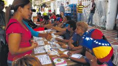 Vino y girasoles...: Pese a la campaña hostil, el chavismo mostró que e...