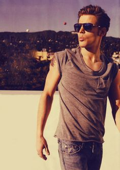 paul wesley. loving this guy now that i'm very much into the vampire diaries.