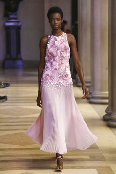 Carolina Herrera Spring Summer 2016...OMG Gorgeous. Imagine this in bridal tones.Cheaper to have custom-made than purchasing from salon.