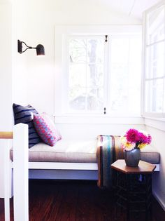 Tour a Tasteful Mountain Retreat// reading nook, mixed patterns, pink and blue