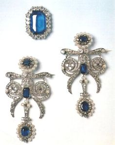 The sapphire, diamond and pearl parure designed for Marie-Amélie, Queen of the French, consort of King Louis-Philippe.